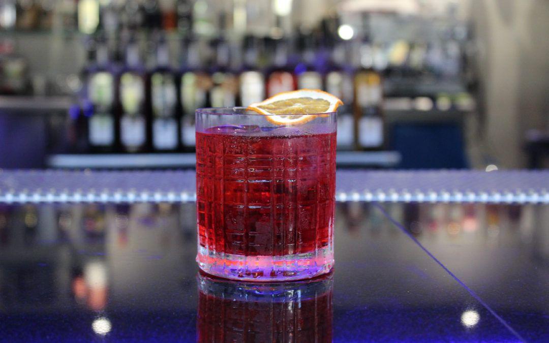 ¿Cuál es el contenido alcohólico de un cóctel?